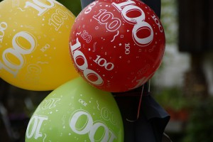 balloons100